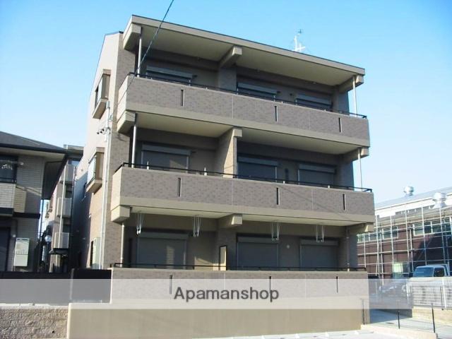 愛知県名古屋市緑区、大高駅徒歩18分の築10年 3階建の賃貸マンション