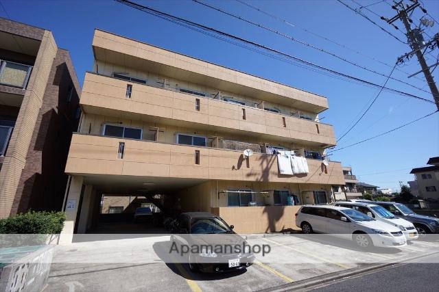 愛知県名古屋市中川区、南荒子駅徒歩20分の築25年 3階建の賃貸マンション