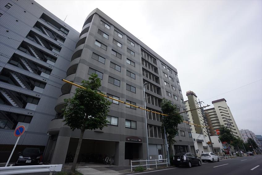 愛知県名古屋市中区、新栄町駅徒歩10分の築25年 8階建の賃貸マンション