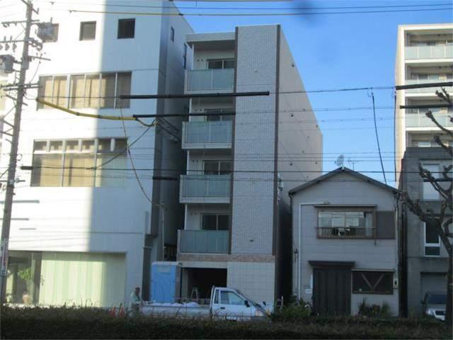 ぱ〜くたうんルナ名古屋