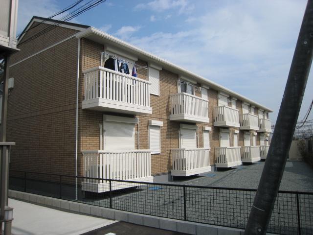 三重県松阪市、伊勢中川駅徒歩7分の築8年 2階建の賃貸アパート