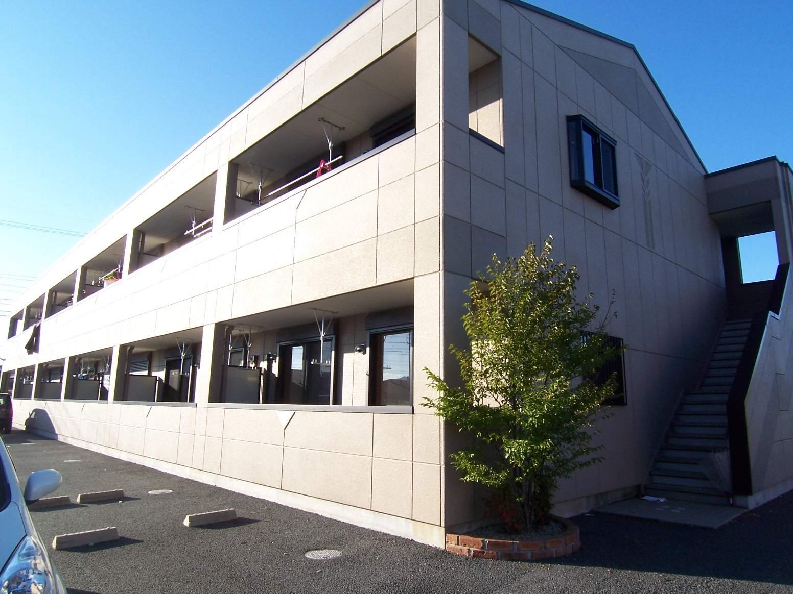 三重県松阪市の築8年 2階建の賃貸アパート