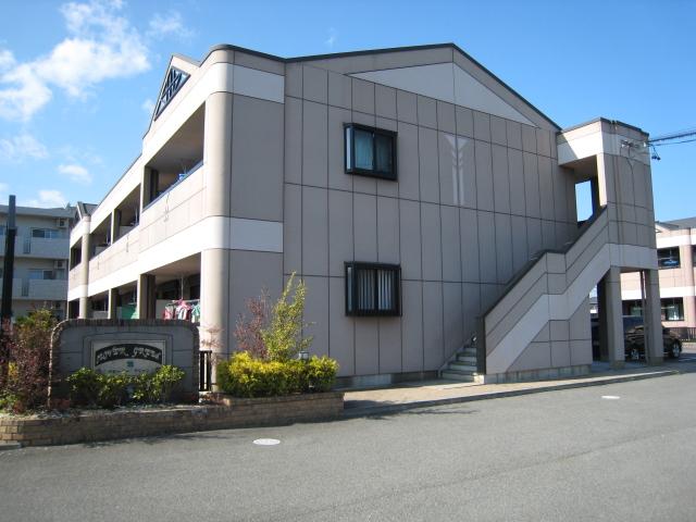 三重県松阪市の築11年 2階建の賃貸アパート
