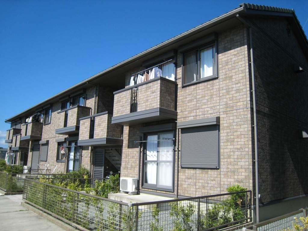 三重県津市、川合高岡駅徒歩10分の築10年 2階建の賃貸アパート
