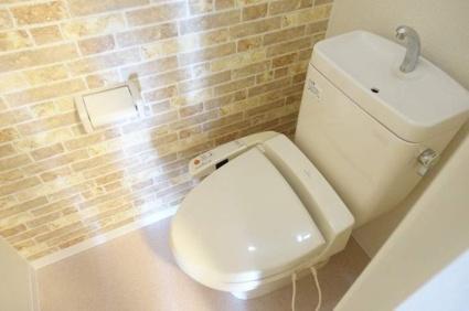 リストワール甲西[1LDK/47.61m2]のトイレ
