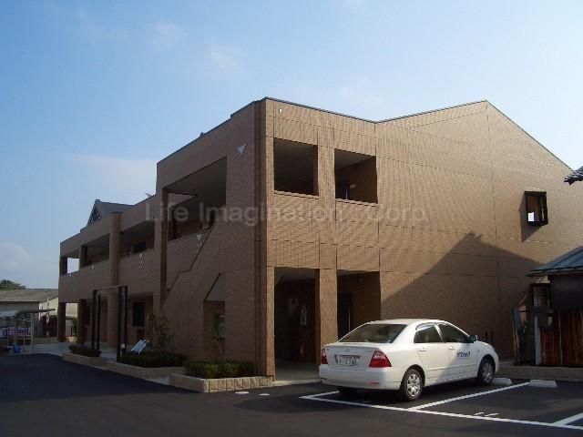 滋賀県愛知郡愛荘町、稲枝駅徒歩55分の築8年 2階建の賃貸アパート