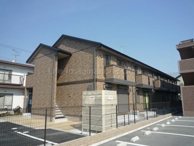 滋賀県東近江市、八日市駅ちょこっとバスバス10分南部公民館停下車後徒歩6分の築7年 2階建の賃貸アパート