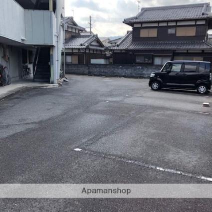 滋賀県湖南市針[2DK/38.88m2]の駐車場