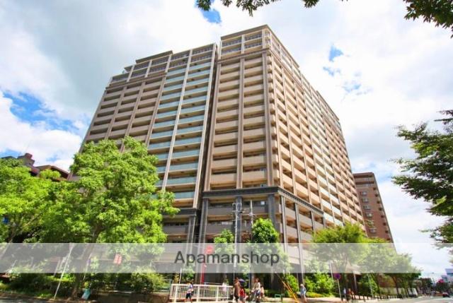 滋賀県大津市、膳所駅徒歩10分の築7年 19階建の賃貸マンション