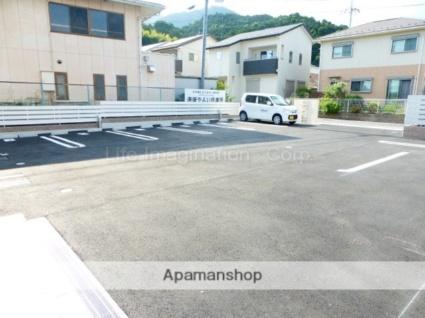 滋賀県大津市弥生町[2LDK/62.92m2]の駐車場