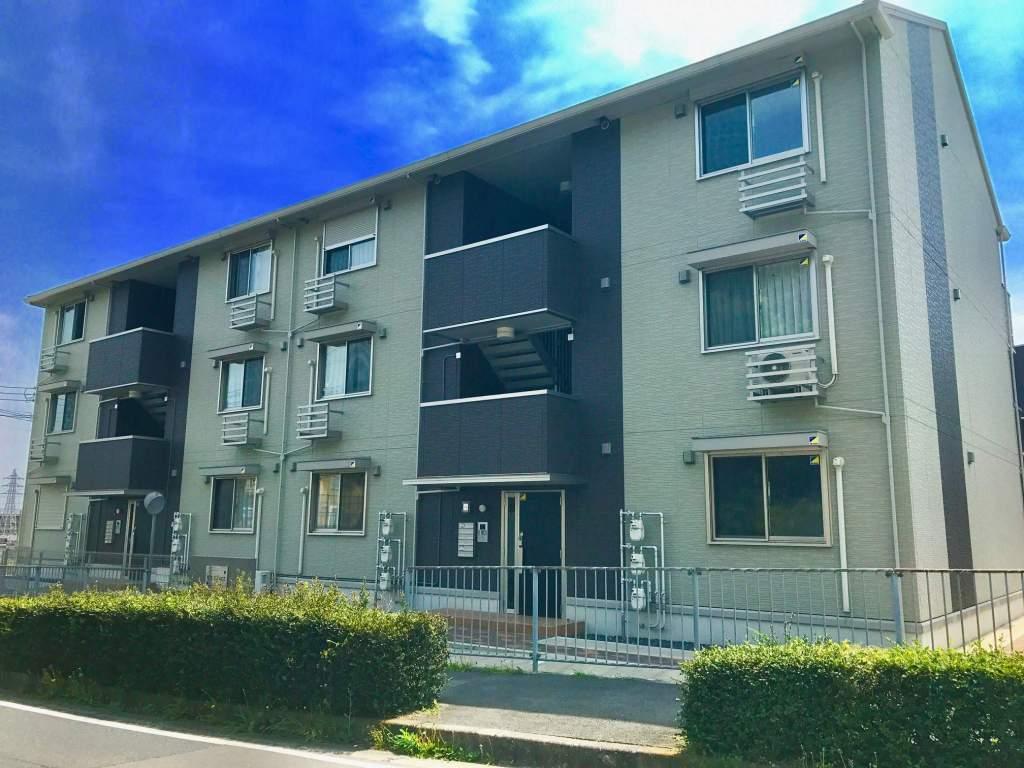 滋賀県大津市、石山駅徒歩23分の築2年 3階建の賃貸アパート