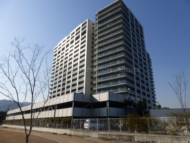 滋賀県大津市、大津京駅徒歩13分の築7年 19階建の賃貸マンション