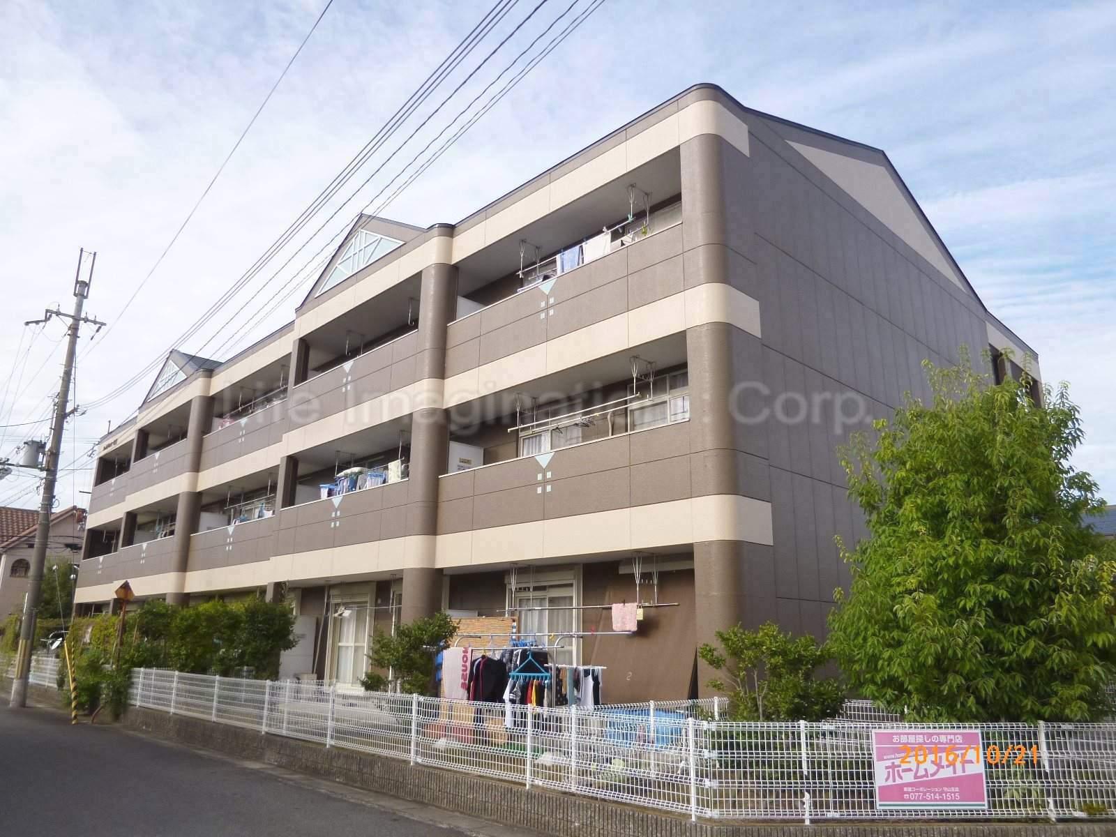滋賀県守山市、野洲駅徒歩39分の築19年 3階建の賃貸マンション