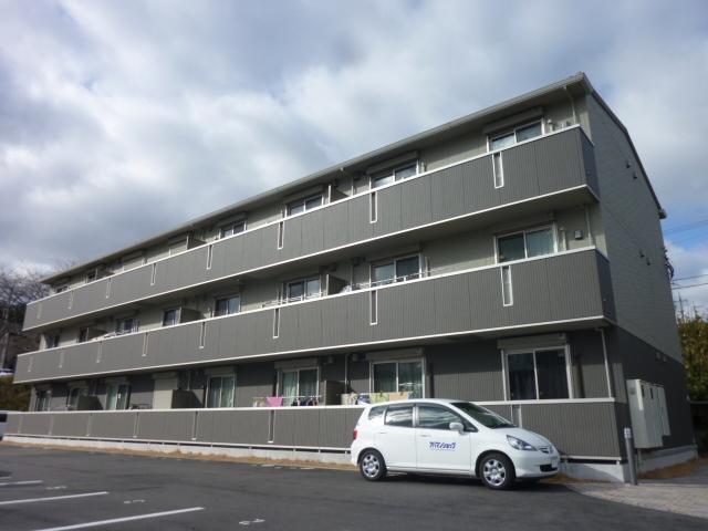 滋賀県大津市、石山駅徒歩22分の築4年 3階建の賃貸アパート
