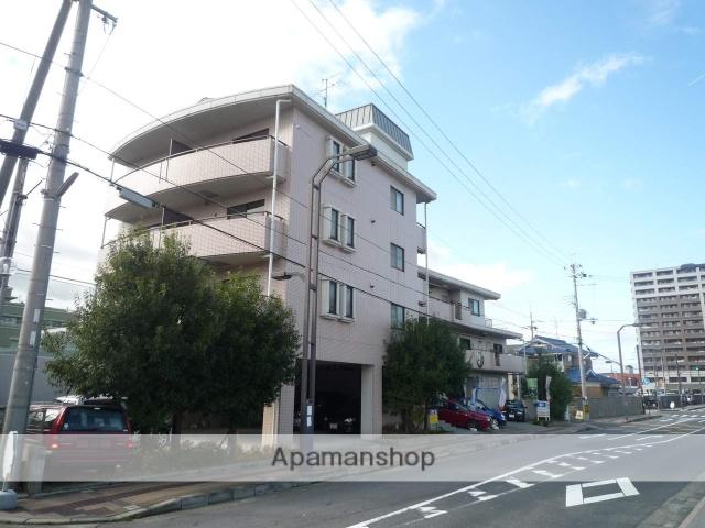 滋賀県野洲市、篠原駅徒歩79分の築22年 4階建の賃貸アパート
