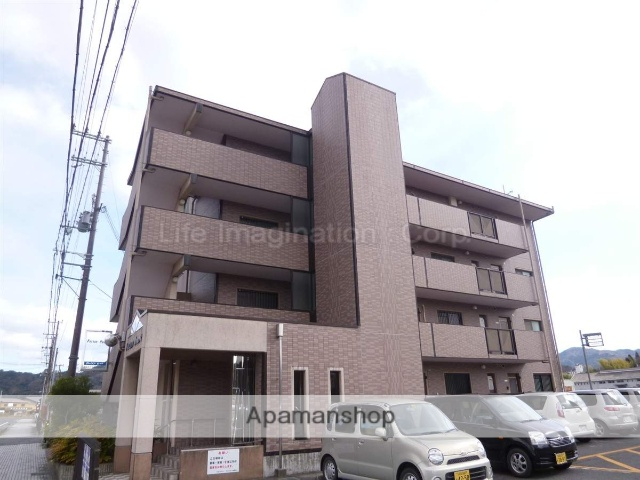 滋賀県甲賀市、信楽駅JRバスバス5分窒業試験場下車後徒歩10分の築17年 4階建の賃貸マンション
