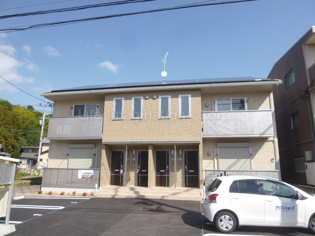 滋賀県湖南市、三雲駅徒歩34分の築1年 2階建の賃貸アパート