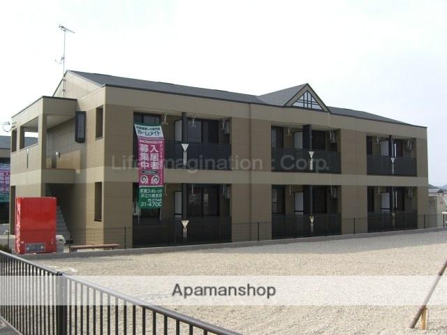 滋賀県東近江市、能登川駅徒歩60分の築7年 2階建の賃貸アパート
