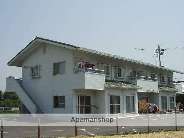 滋賀県甲賀市、甲南駅徒歩18分の築26年 2階建の賃貸アパート