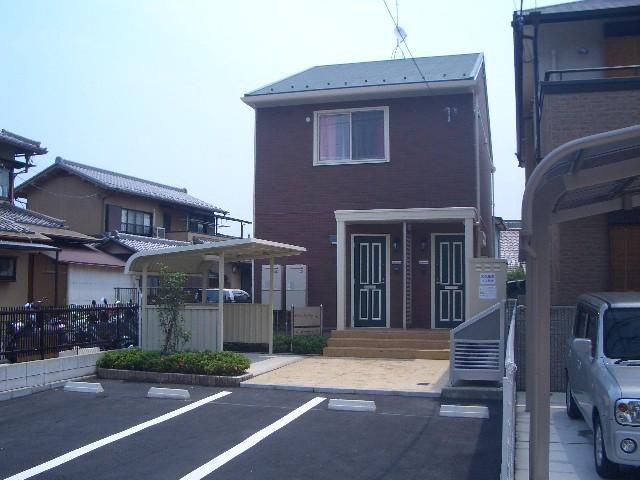 滋賀県大津市、石山駅徒歩17分の築8年 2階建の賃貸アパート