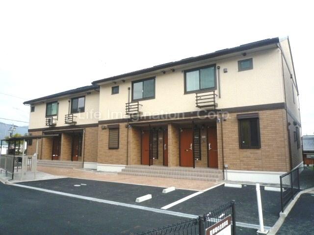 滋賀県大津市、和邇駅徒歩3分の築6年 2階建の賃貸アパート