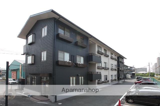 滋賀県栗東市、手原駅徒歩28分の築22年 3階建の賃貸マンション