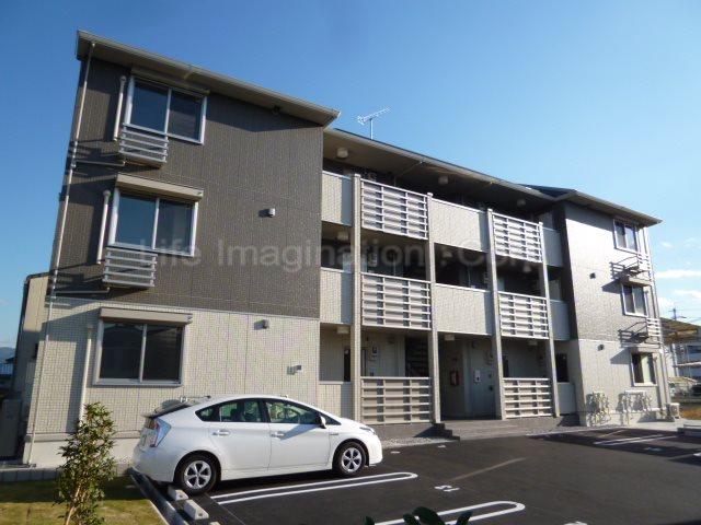 滋賀県草津市、栗東駅徒歩52分の新築 3階建の賃貸アパート