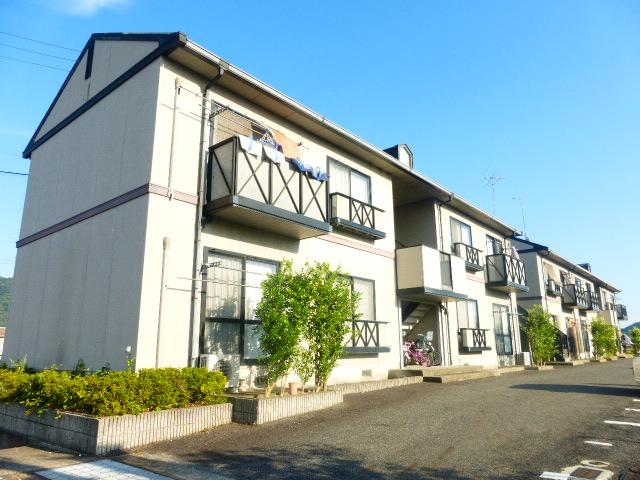 滋賀県近江八幡市、能登川駅徒歩87分の築18年 2階建の賃貸アパート
