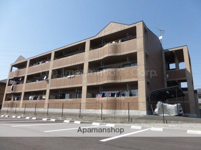 滋賀県犬上郡豊郷町、豊郷駅徒歩5分の築14年 3階建の賃貸マンション