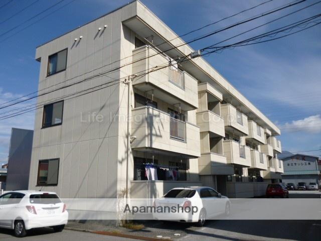 滋賀県長浜市、坂田駅徒歩75分の築19年 3階建の賃貸アパート