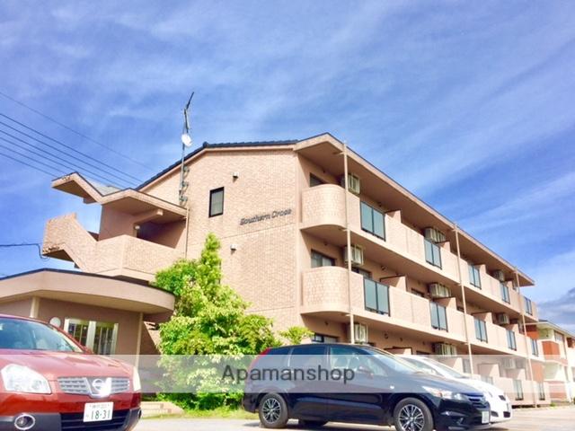 滋賀県彦根市、南彦根駅徒歩23分の築13年 3階建の賃貸マンション