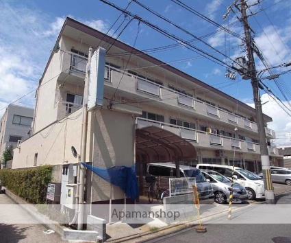 京都府京都市伏見区、伏見稲荷駅徒歩15分の築44年 3階建の賃貸マンション