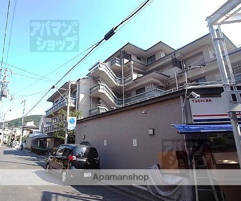 京都府京都市東山区、三条駅徒歩7分の築24年 5階建の賃貸マンション