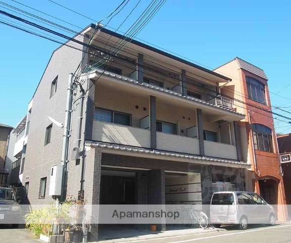 京都府京都市東山区、京都駅徒歩15分の築4年 3階建の賃貸マンション