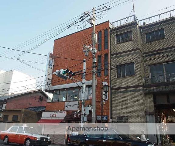 京都府京都市東山区、京都駅徒歩10分の築31年 4階建の賃貸マンション