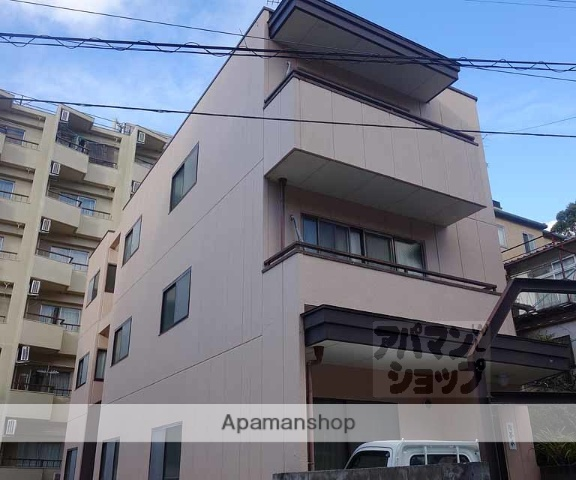 京都府京都市東山区、七条駅徒歩23分の築28年 3階建の賃貸アパート