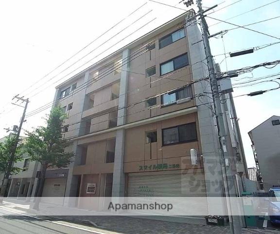 京都府京都市中京区、大宮駅徒歩13分の築10年 5階建の賃貸マンション