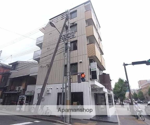 京都府京都市中京区、神宮丸太町駅徒歩6分の築29年 5階建の賃貸マンション