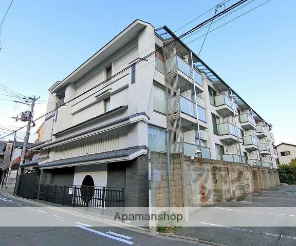 京都府京都市中京区、烏丸駅徒歩20分の築6年 4階建の賃貸マンション