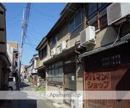 京都府京都市下京区、清水五条駅徒歩4分の築57年 3階建の賃貸アパート