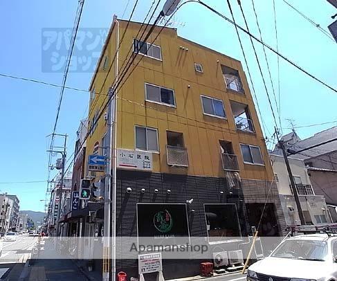 京都府京都市中京区、丸太町駅徒歩4分の築22年 4階建の賃貸マンション