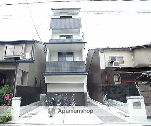 京都府京都市上京区、円町駅徒歩8分の築4年 4階建の賃貸マンション