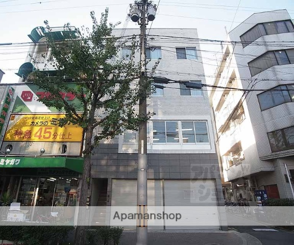 京都府京都市上京区、出町柳駅徒歩14分の築43年 4階建の賃貸マンション