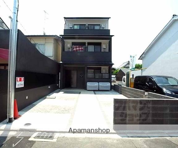 京都府京都市上京区、今出川駅徒歩24分の築3年 3階建の賃貸マンション