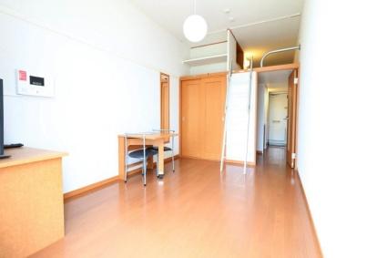 レオパレスMizusawa[1K/19.87m2]のリビング・居間1