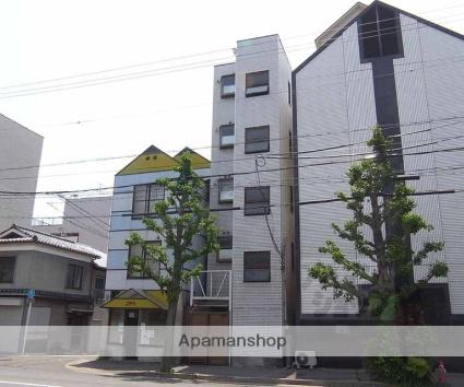 京都府京都市中京区、円町駅徒歩8分の築30年 5階建の賃貸マンション