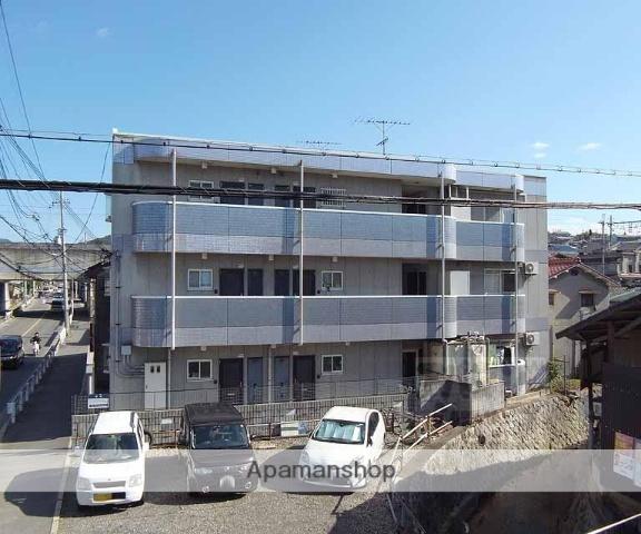 京都府京都市伏見区、JR藤森駅徒歩11分の築23年 3階建の賃貸マンション