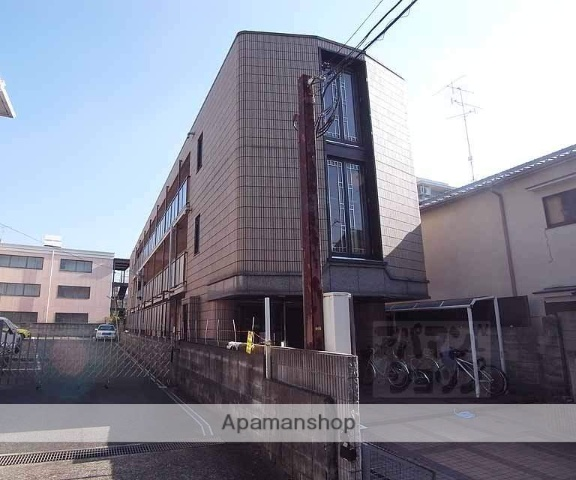 京都府京都市右京区、円町駅徒歩10分の築24年 3階建の賃貸マンション