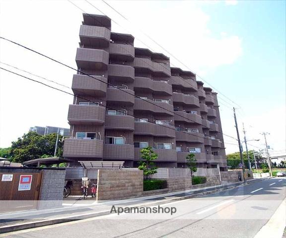 京都府長岡京市、長岡京駅徒歩18分の築15年 6階建の賃貸マンション