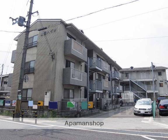 京都府長岡京市、向日町駅徒歩28分の築26年 3階建の賃貸アパート
